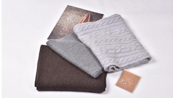 Echarpe et chale en laine 1