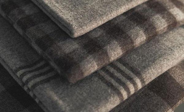 couverture plaid en laine d